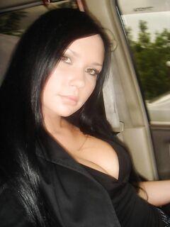 Брюнетка старается делать хороший  любовнику - секс порно фото