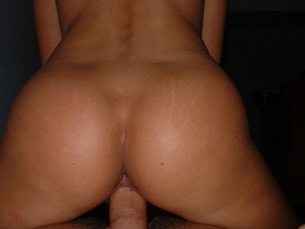 Симпатичные девушки трахаются и кушают кончу - секс порно фото