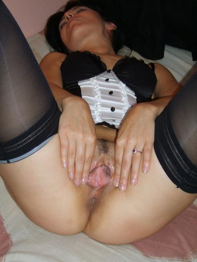 Коллекция личных снимков 32-летней ненасытной брюнетки - секс порно фото