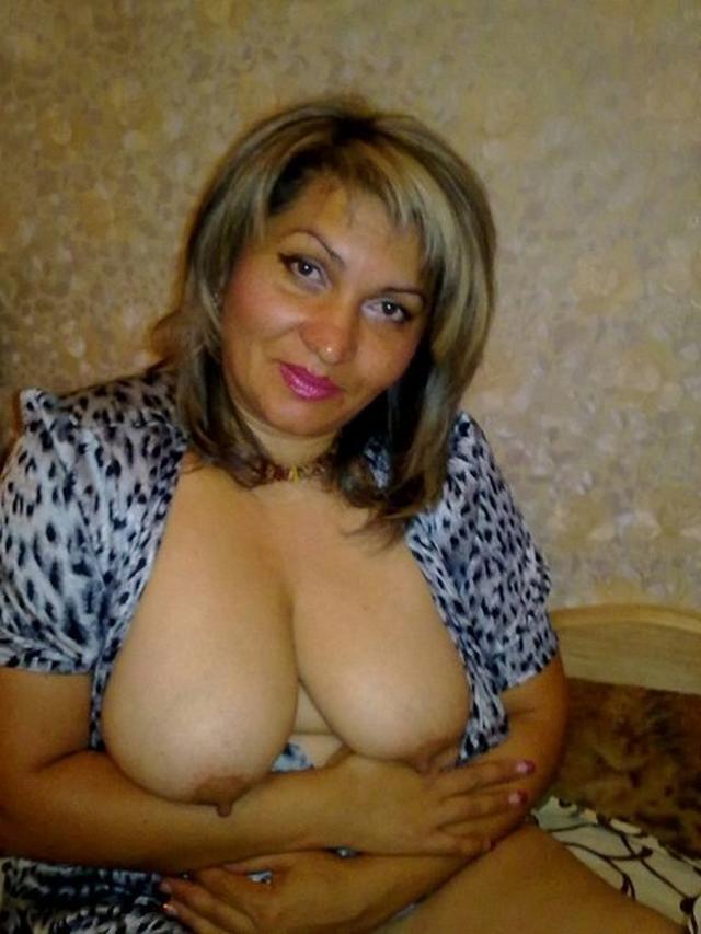 Девушки и женщины любят делать  мужчинам - секс порно фото