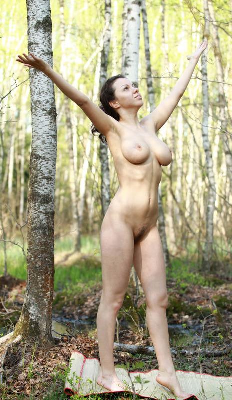 Мамка  показала себя голой - секс порно фото