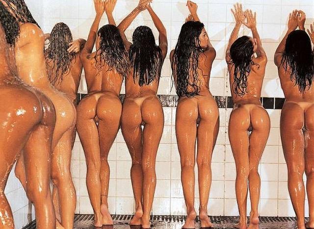 Жопастые леди показывают всю себя - секс порно фото