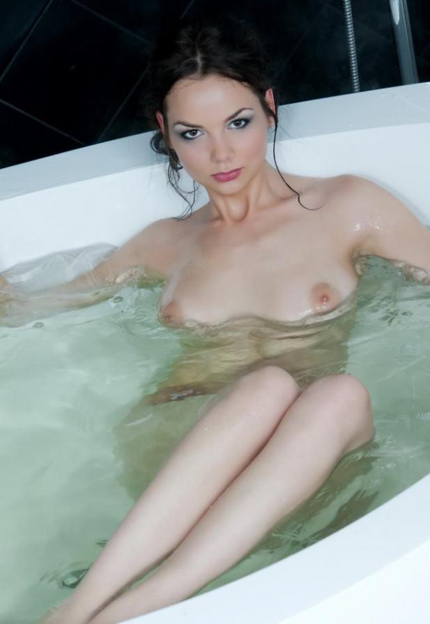 Фотографии сексуальных подруг на работе - секс порно фото