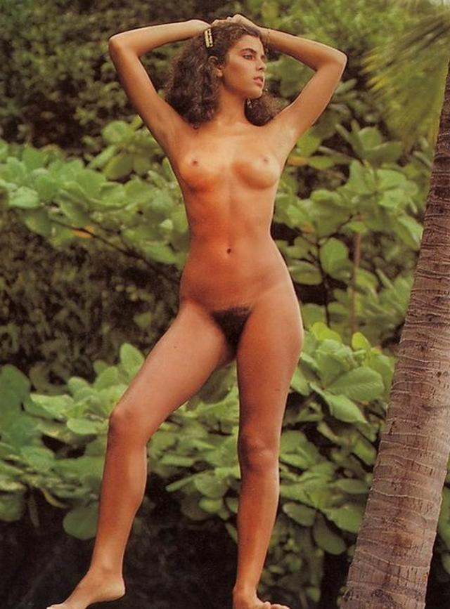 Сборник очаровательных девушек с волосатыми кисками - секс порно фото