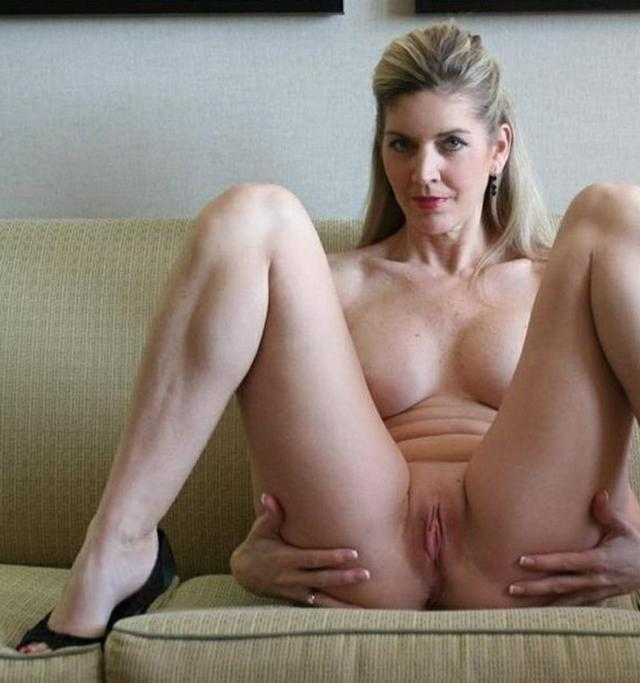 Интимные снимки девушек и женщин с сайтов знакомств - секс порно фото