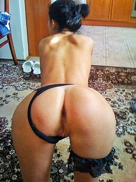 Прекрасные девушки со сладкими попками - секс порно фото