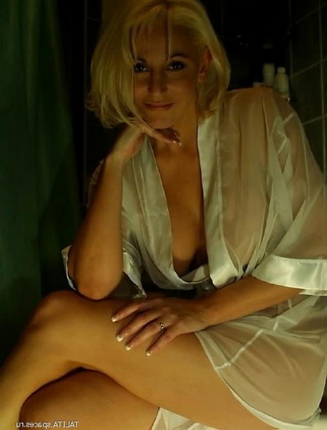 Подборка сладких кисок брюнеток от 23 лет - секс порно фото