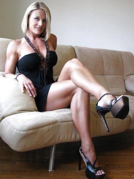 Эротика от горячих зрелых женщин с дрочкой кисок - секс порно фото